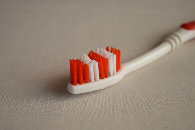 limpiar-dientes